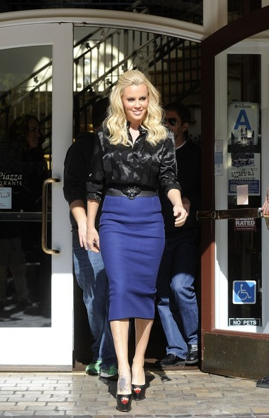 Jenny Mccarthy at the grove.