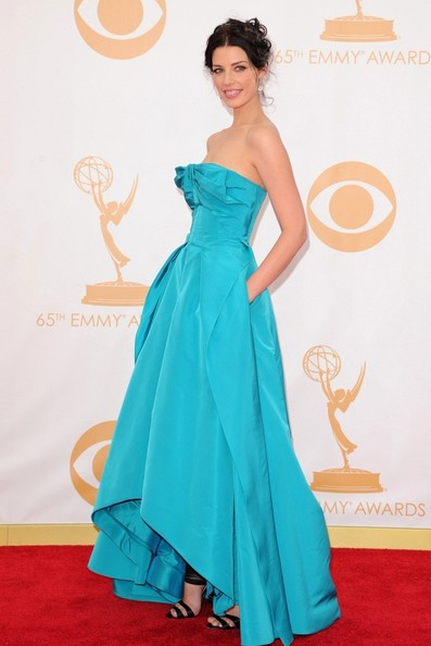 Jessica Pare - Arrivals at the 65th Annual Primetime Emmy Awards — Part 2