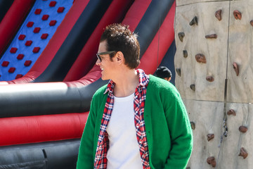 Johnny Knoxville Johnny Knoxville Shops At The Farmer's Market In Studio City