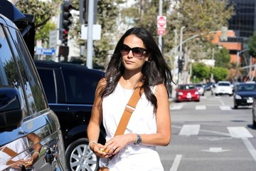 Jordana Brewster Jordana Brewster and Her Mom at Whole Foods