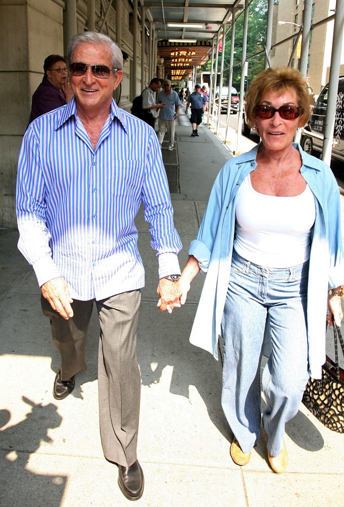 Judy Sheindlin Jerry Sheindlin Judy Sheindlin Photos Judge Judy Out With Her Husband Zimbio