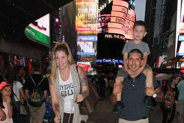 Kailyn Lowry Teen Mom 2's Kailyn Lowry and Family in Times Square NY