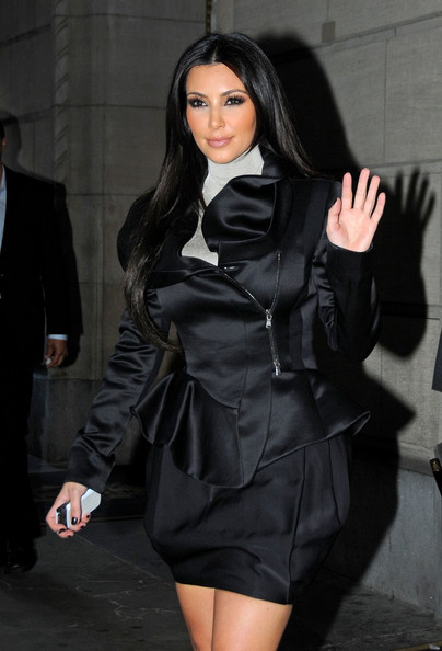 Kim, Kourtney and Khloe Kardashian leave the shopping center at the Plaza Hotel.