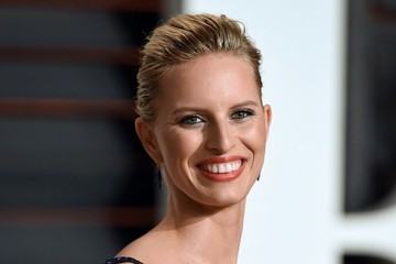 Karolina Kurkova Stars at the Vanity Fair Oscar Party