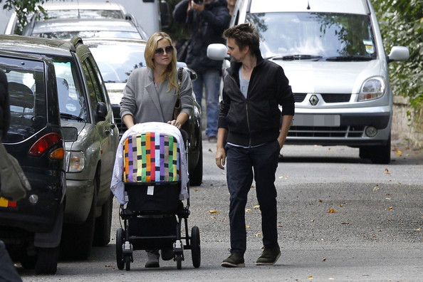 Singer Matt Bellamy, actress Kate Hudson and their new born baby Bingham ...