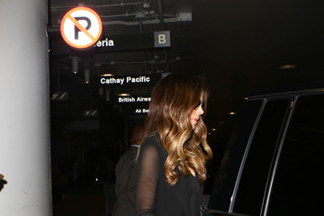 Kate Beckinsale Kate Beckinsale Hits LAX