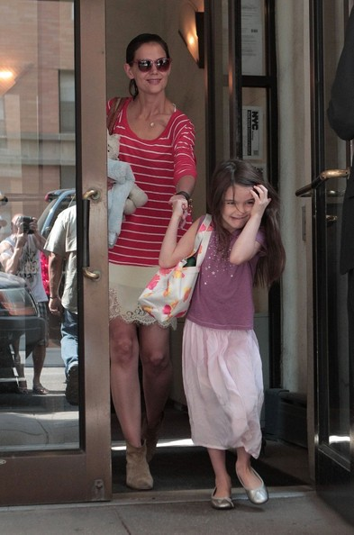 Katie Holmes - Katie Holmes and Suri Cruise in NYC