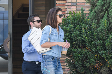 Katie Holmes Katie Holmes Is All Smiles While Running Errands in Los Angeles