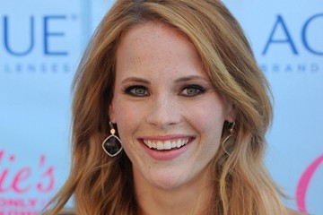 Katie Leclerc Arrivals at the Teen Choice Awards