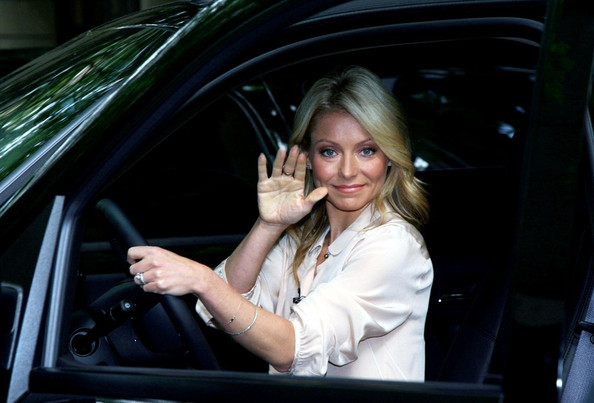 photo of Kelly Ripa  - car