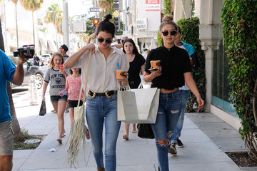 Kendall Jenner Kendall Jenner and Gigi Hadid Get Greek Yogurt