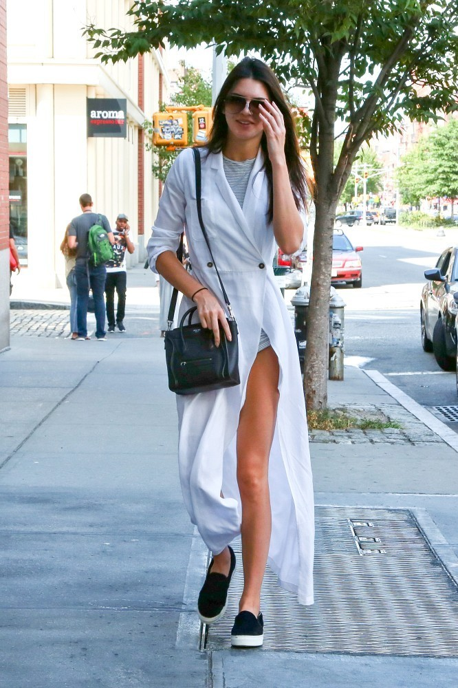 Kendall Jenner Photos Kendall Out In Ny 7806 Of 11199 Zimbio