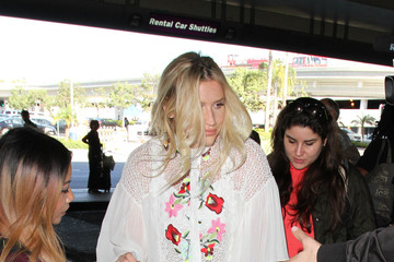 Kesha Kesha Arrives at LAX