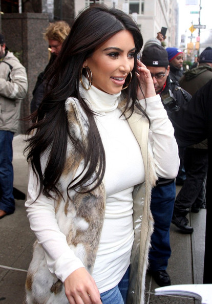 Kim Kardashian - Kim Kardashian Leaves the Trump Tower