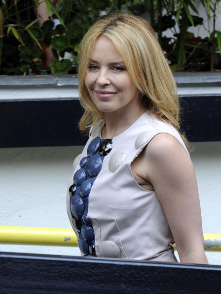 Kylie Minogue Arrives at a Studio in London