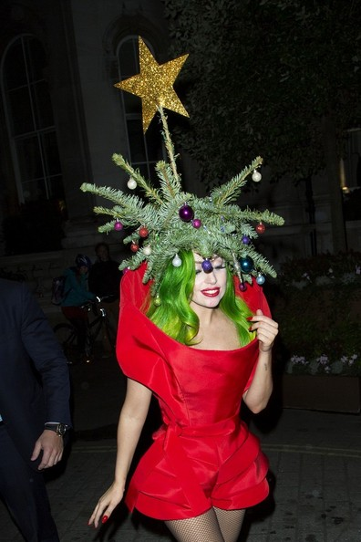 lady gaga wears her christmas spirit