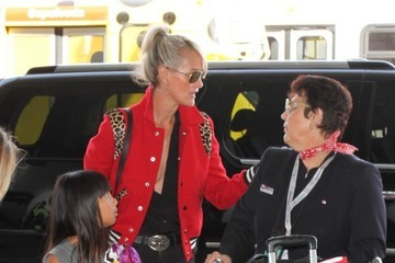 Laeticia Hallyday Johnny Hallyday and Laeticia Hallyday at LAX