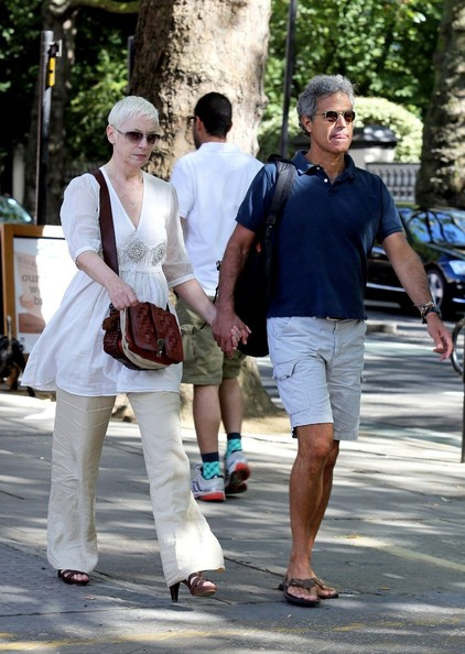 annie lennox strolls around notting hill zimbio