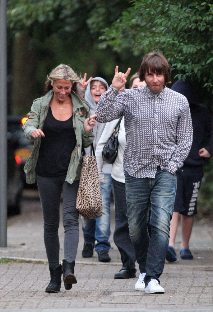 liam gallagher photos photos liam gallagher and family