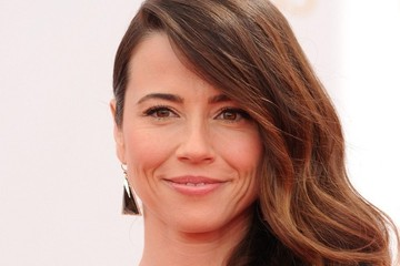 Linda Cardellini Arrivals at the 65th Annual Primetime Emmy Awards — Part 2