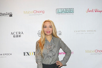 Lorielle New Secret Room Golden Globe Awards Gifting Suite