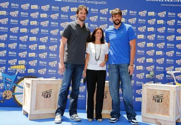 ¿Cuánto mide Pau Gasol? - Estatura y peso - Real height Marc+Gasol+Gasol+Brothers+Donate+Bikes+Charity+LG-da9Jd0xLl