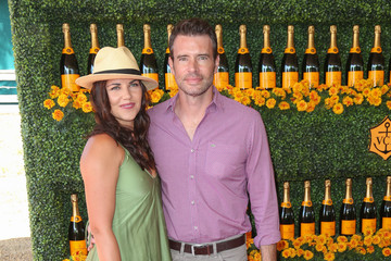 Marika Dominczyk Celebrities Arrive at the Sixth-Annual Veuve Clicquot Polo Classic