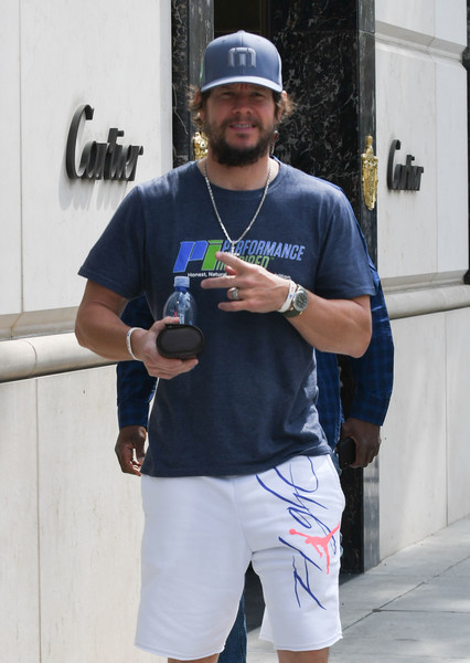 Mark Wahlberg Steps Out In Los Angeles