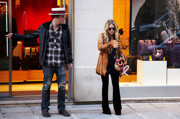 Mary-Kate Olsen at the Tumi Store []