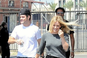 Mike Comrie Hilary Duff Films a Music Video