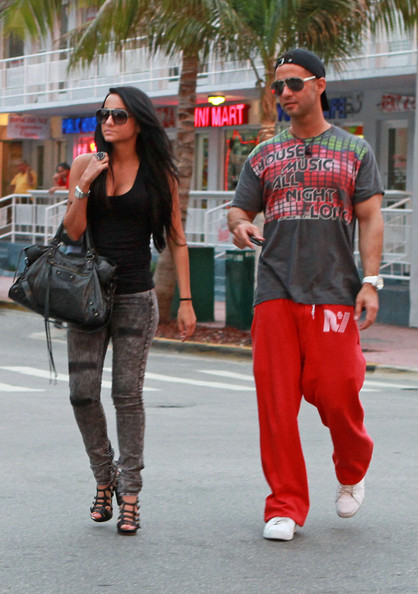 "Mike Sorrentino, Sammi Giancola ,The ""Jersey Shore"" gang hangs out at the gelato shop where they have to work as well. (April 26, 2010)"