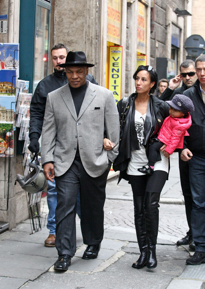 Mike Tyson and Lakiha Spicer Photos Photos - Mike Tyson in ...