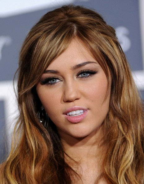 miley cyrus hair 2011. miley cyrus 2011 fat. miley