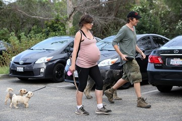Milla Jovovich Milla Jovovich and Her Husband Go Hiking