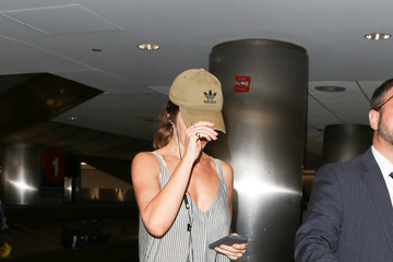 Minka Kelly Minka Kelly Is Seen at LAX