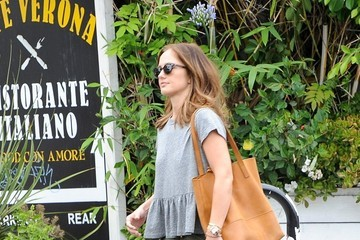 Minka Kelly Minka Kelly Out and About in LA