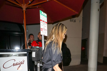 Molly Sims Molly Sims Outside Craig's Restaurant In West Hollywood