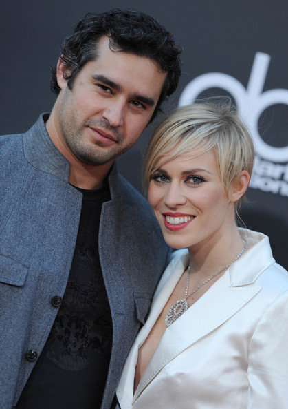 Natasha Bedingfield with handsome, Husband Matthew Robinson