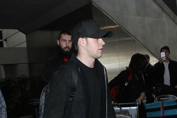 Niall Horan Niall Horan Is Seen at LAX
