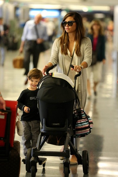 Nick and Vanessa Lachey Arrive at LAX