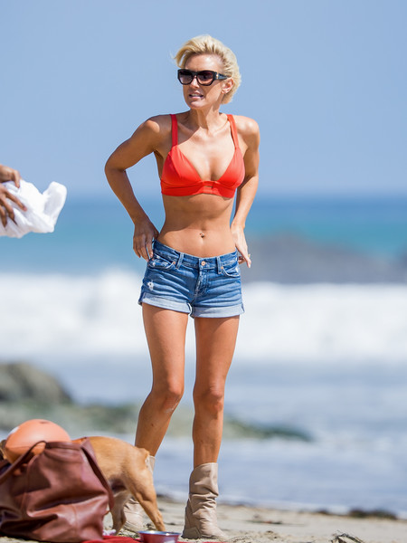 Nicky Whelan is an Aussie bombshell who's making it in Hollywood ...