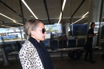 Nicole Richie Nicole Richie Takes a Flight at LAX