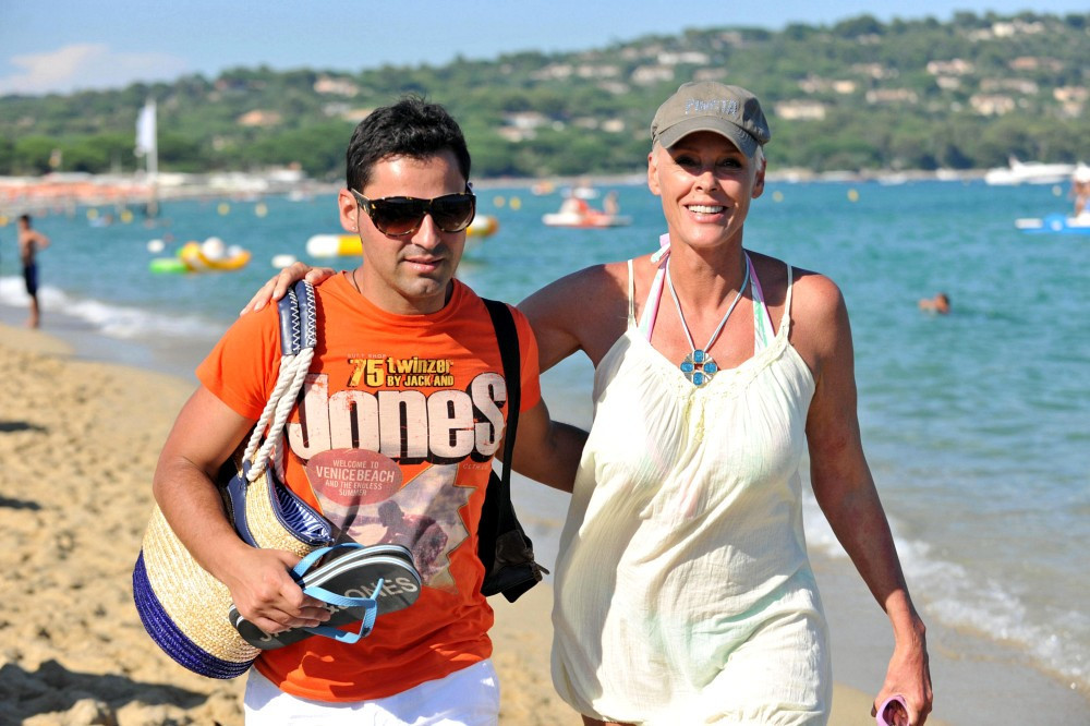 Brigitte Nielsen And Mattia Dessi On The Beach Zimbio