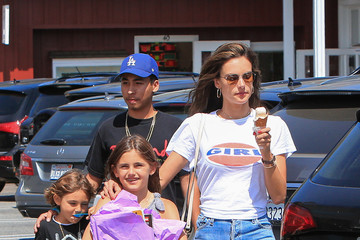 Noah Mazur Alessandra Ambrosio's ice cream outing with her ex-fiance and kids