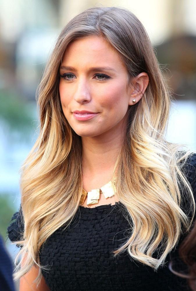 Renee Bargh Photos Photos Jerry Springer And The Real