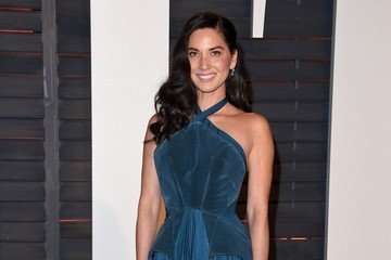 Olivia Munn Stars at the Vanity Fair Oscar Party