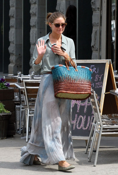 Olivia Palermo leaves the Plaza nail salon in Tribeca.