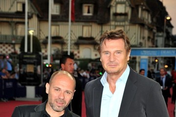 Olivier Megaton Liam Neeson at the Premiere of 'Taken 2'
