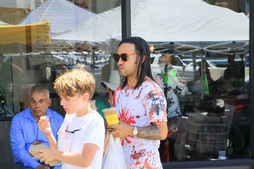 Pete Wentz Pete Wentz Seen In Los Angeles