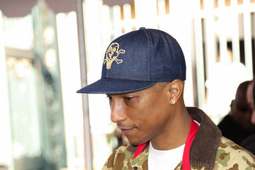 Pharrell Williams Celebrities Attend Christmas Dinner for the Homeless at Los Angeles Mission